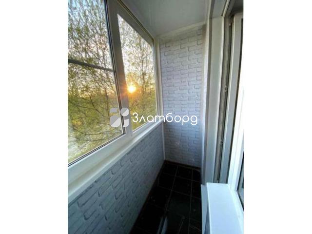 Трёхкомнатная квартира на идеальном втором этаже., Гатчина