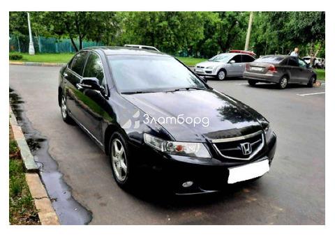 Honda Accord, седан, 2004 г.в., пробег: 153952 км., автомат, 2.4 л